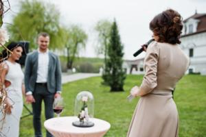 結婚式 二次会 司会